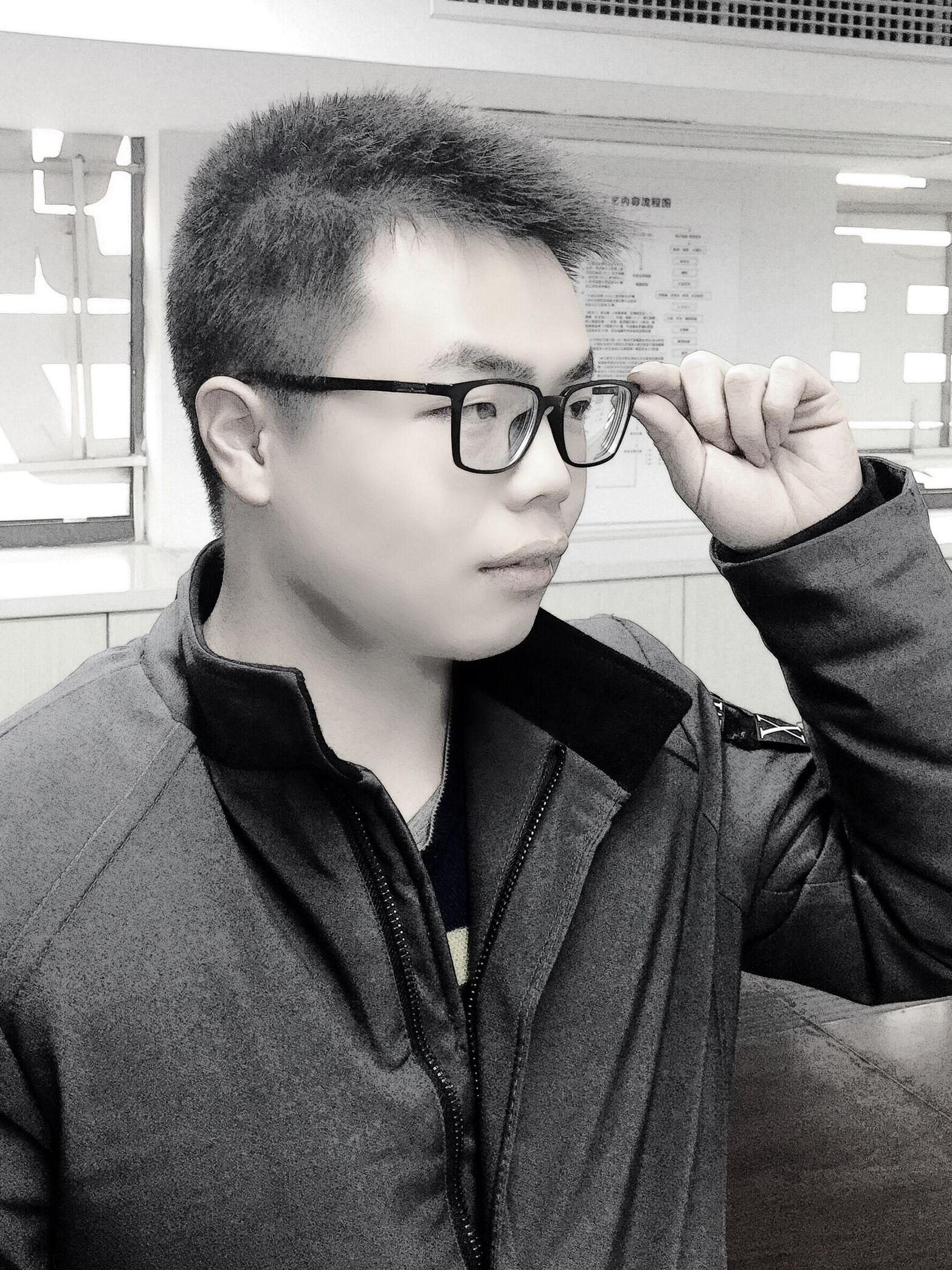 蒋正(设计师)