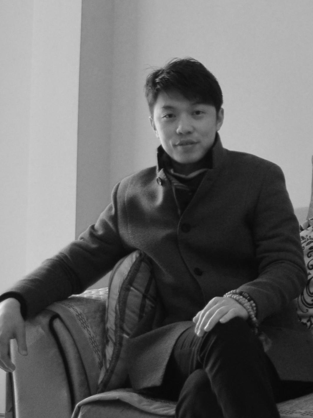 魏京(首席设计师)